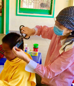 Young Cambodians with disabilities receive personal care during pandemic